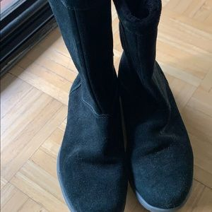 Crocs women black boots